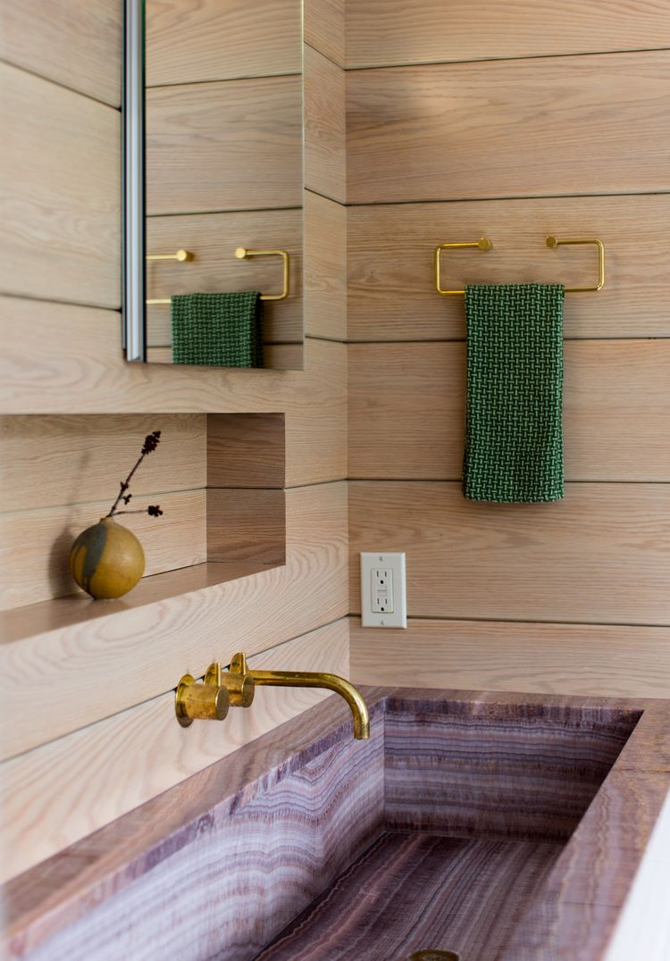 baths-vanities-15